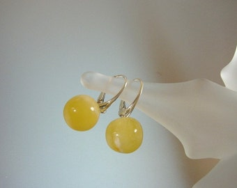 Baltic Amber Drop Earrings - Butterscotch Genuine Amber - Leverback Sterling Silver Earrings