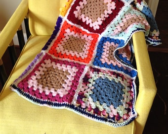 Vintage Handmade Crocheted Afghan Throw Bed Covering Bedroom Home Decor Lap Blanket multicolor granny square
