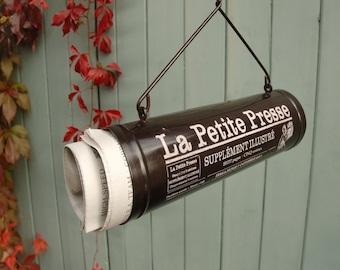 La Petite Presse Newspaper Holder
