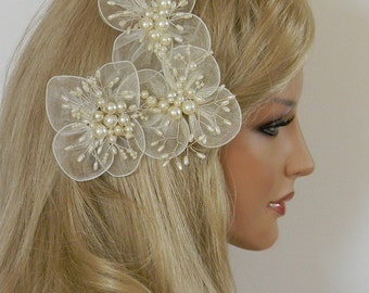 Lynn hair jewelry made of organza and Pearl headpiece
