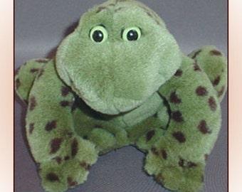 Jeremiah Bullfrog Plush Gund Croaking Rattle Sound 1980s