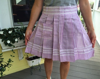 Adorable 50's 60's Vintage Retro Kitchen Half Apron in Purple Gingham Print Never Used