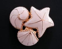 Vintage Trifari Brooch Sea Shells Cream Enamel Gold Tone Pin Christmas Gift