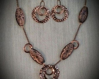 Copper beads and rings necklace