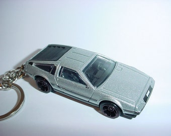 3D Delorean DMC-12 custom keychain by Brian Thornton keyring key chain finished in silverl color trim diecast metal body