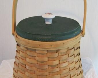 Basket, Reed Basket, Storage Basket, Vintage Basket, Decorative Basket, Shabby Chic Basket, Cottage Decorative Basket, 1970's  Basket