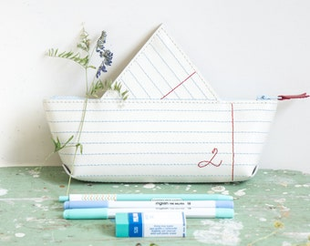 pencil-case / cosmetics bag