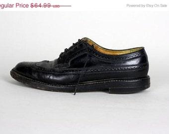 ON SALE Vintage 60s Florsheim Imperial Black Leather Wingtip Oxford Shoes 8.5 C