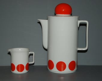 Retro coffee pot with milk jug, white and orange, 1970s from Schinrding in Bavaria. Excellent vintage condition.