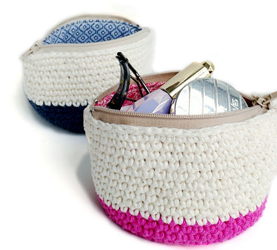 Crochet Childs Bag Pattern : Small Makeup Bag with Zipper and Lining Accessories