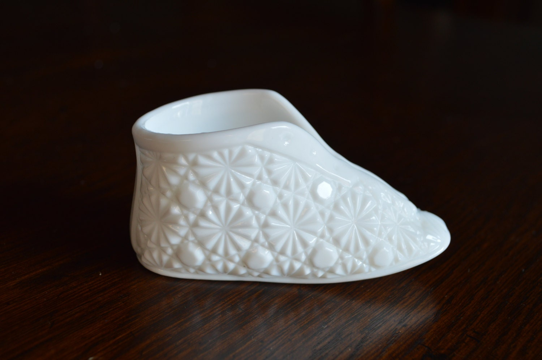 Fenton Milk Glass Old Virginia Glass Slipper Baby Bootie Shoe