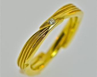 3 leaf band with 3 diamonds