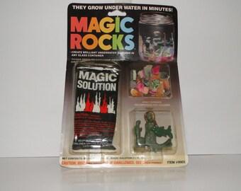 Vintage 1988 Magic Rocks Watch Them Grow Underwater MOC Unpunched
