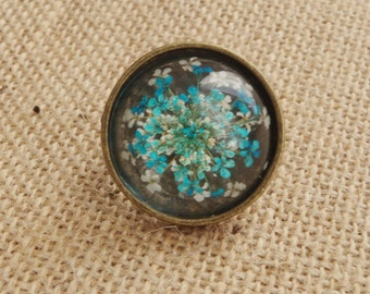 Real flower ring Blue Cream flowers ring Vintage style Antique bronze Adjustable ring Pressed flower jewelry Anniversary day jewelry for her