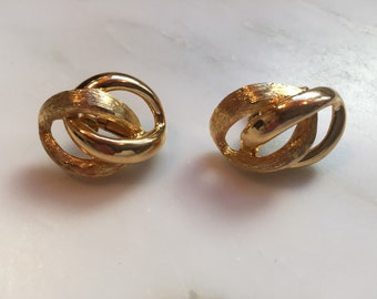 Vintage gold tone Napier earrings