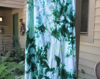 Repurposed tie dye cotton skirt. Sewn on bias for flattering fit. Size L.