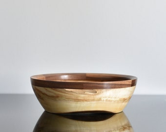 Bowl of poplar wood, cherry and Walnut