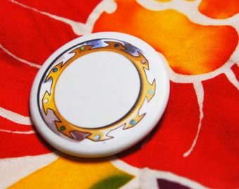 "Badge / Pin ""CHAKRAM"" - XENA Warrior Princess / Xena / Lucy Lawless"