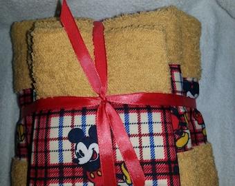 Mickey Mouse Bath Set
