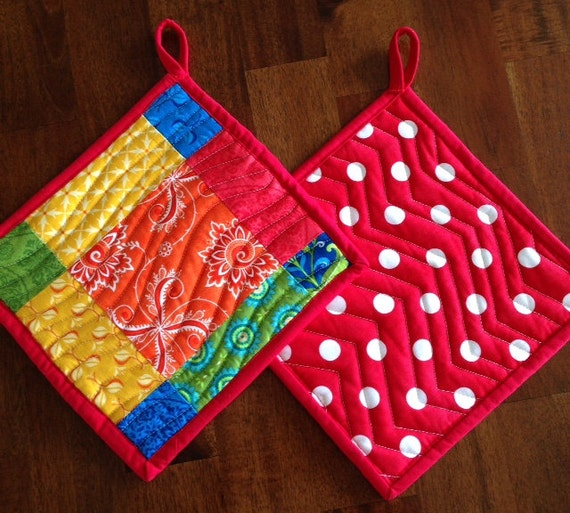 Red Pot Holders: Handmade Quilted Pot Holders Set Of 2 Red Pot Holders