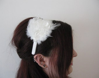 Simple white feather, pearl bead and lace bridal fascinator