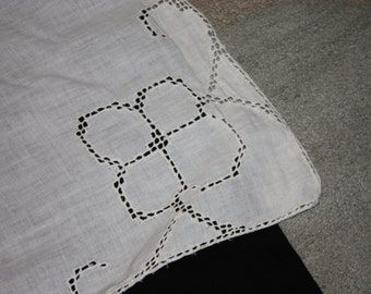 Vintage cotton tablecloth with drawn threadwork