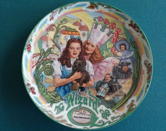 """Wizard of Oz Musical Collector Plate """"Munchkinland"""" Knowles #3 in series 1993 Limited Edition"""