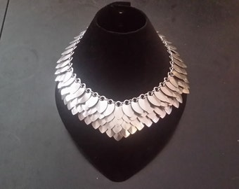 Dragon Scale Collar Necklace