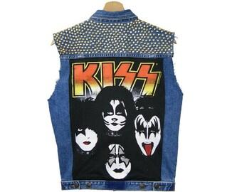 KISS IN LOVE. Jeans vest.