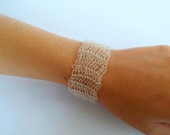 FREE SHIPPING Wire crochet bracelet