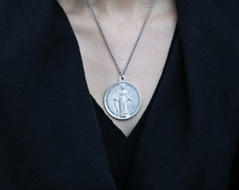 Large Round Miraculous Medal.