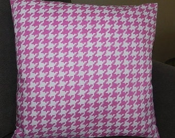 7 Sizes Available - Pink and White Houndstooth Pillow Cover