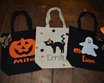 Trick or Treat Bags,  Canvas Halloween Bags,  Candy Sack, Halloween Costume,  Trick or Treat Pail,  Halloween Decoration, Trick R Treat