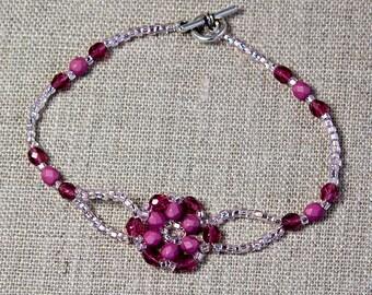SALE! Shades of Pink Bracelet, Flower Motif Bracelet, Beaded Bracelet, Fire Polish, Seed Beads, Dainty Bracelet, Rose, Fuchsia, Crystal Pink