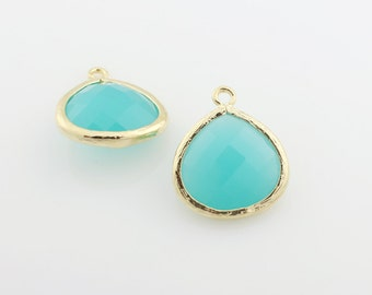 G000604P/Mint/Gold plated over brass/Pear shape framed faceted glass pendant/16mm x 18.5mm/2pcs