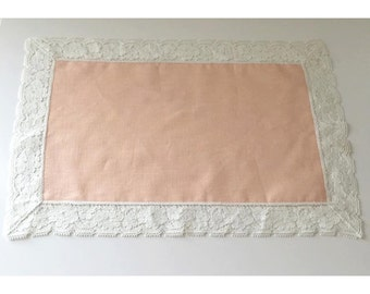 5 Pink Cotton Placemats with Lace Trim
