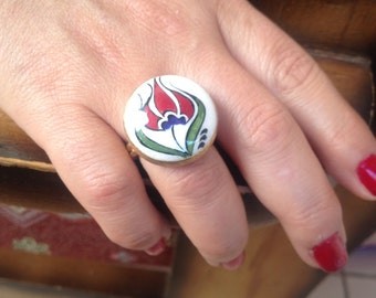 Ring, Ceramic Ring, Handmade Ring, White Ring, Red And Green Ring, Hand Painted Ring, Free Size, Tulip Ring