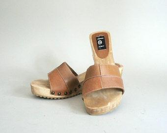 Womens Size 7.5 Tan Leather Wood Platform Sandals