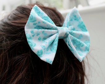 Hair Bow, Floral Hair Bow, Blue Hair Bow, Vintage Hair Bow, Retro Hair Bow, Hair Clip, Women's Hair Accessories, Women's Hair Clips, White