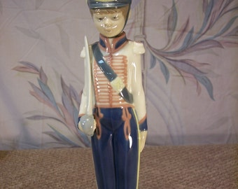 """Lladro """"Cadet Captain: #5404 Soldier with Sword"""