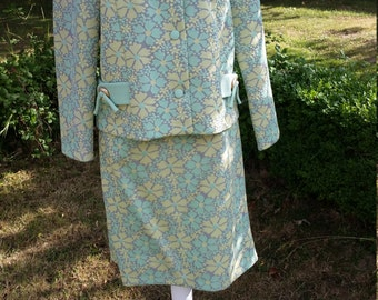 Super Sixties Skirt Suit!