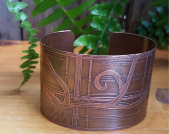 2 Inch Wide Plaid and Vine Etched Pattern Copper Cuff Bracelet - OOAK