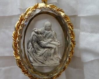 Vintage Religious Brass Glass Pieta Sculpture Intaglio Pendant Necklace - NEB109