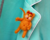 Red-haired cat brooch, Kitty jewelry, Little cat brooch, Orange brooch, Funny stylish brooch