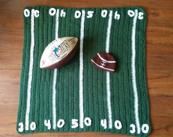 Crochet baby football field blanket with football hat