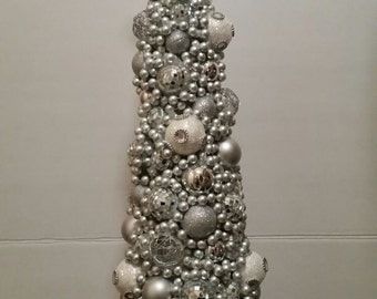 Elegant Christmas Tree Centerpiece Tabletop with Lights