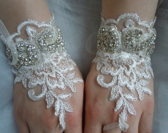 Ivory Lace gloves, Rhinestones glove, bridal gloves, wedding lace gloves, wedding accessories