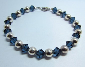 Crystal and bead bracelet