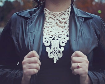 Lace Necklace (silver plated chain)