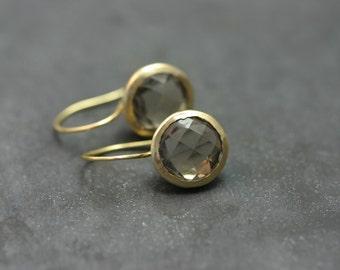 Earrings 18 kt gold, quartz